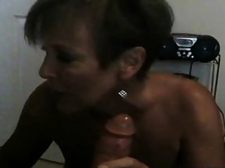 Hot Inexpert Mature Cougar POV Smoking BJ