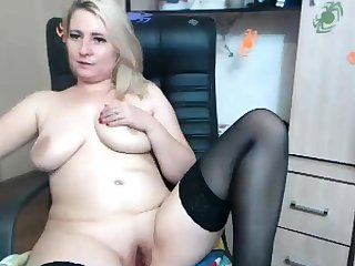 Blonde busty Brook In a word plays with her big boobs